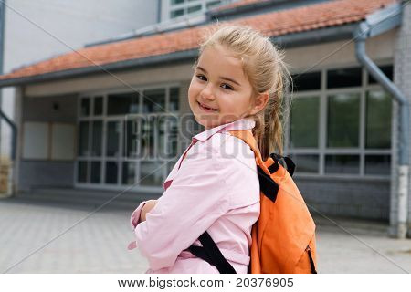 elementary student going back to school