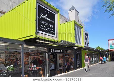 Reconstrução de Christchurch - mercearia em Johnsons reabre.