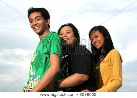 Three Friends Have Fun Otdoor