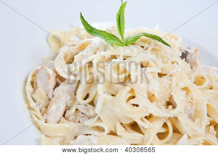 Chicken fettuccine pasta