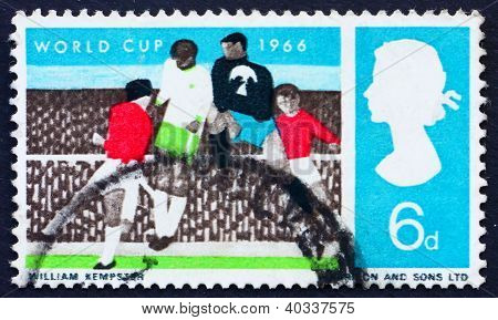 Postage stamp GB 1966 Soccer Players and Crowd