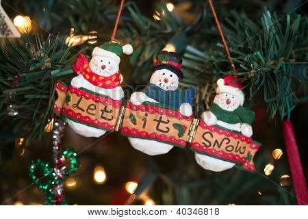 snowmen ornament