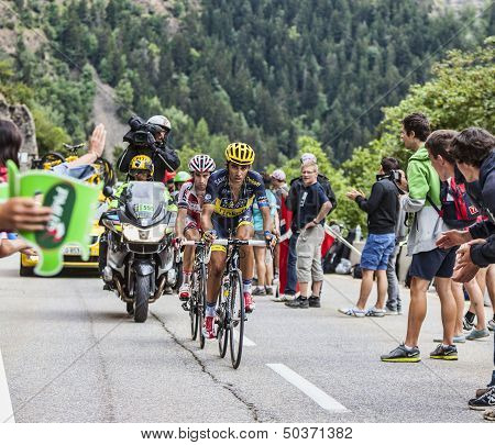 Alberto Contador Climbing Alpe D'huez