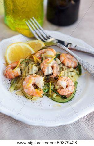 Zucchini Noodles  With Prawns And Lemon Zest