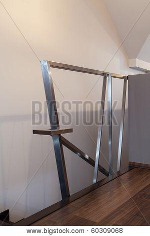 Ruby House - Modern Banister