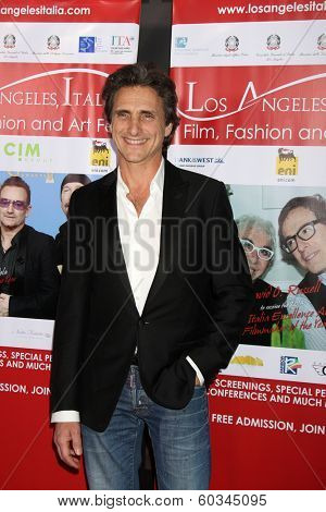 LOS ANGELES - FEB 23:  Lawrence Bender at the LA Italia Opening Night at TCL Chinese 6 Theaters on February 23, 2014 in Los Angeles, CA