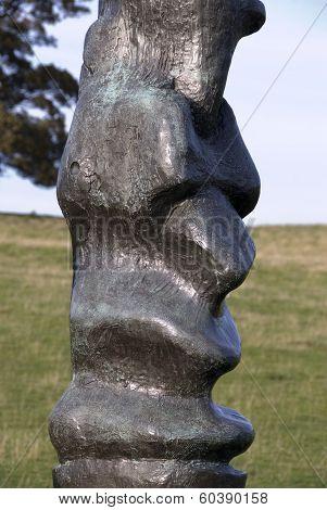 Henry Moore, Upright Motive no 2, Yorkshire Sculpture Park, UK
