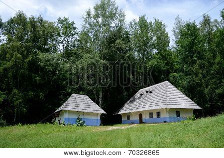 Traditional Old Rural Ukrainian Wattle And Daub Houses In Pirogovo Park,ukraine,europe, Unesco Herit