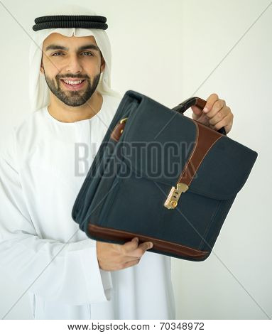 Arabic young businessman wtih briefcase