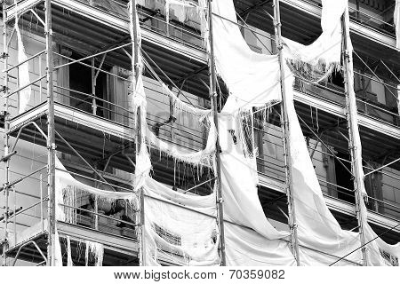 scaffolding after storm