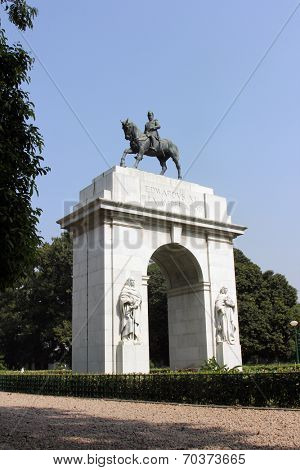 KOLKATA,INDIA - NOVEMBER 27: Edwards VII Rex imperator statue, southern entrance of Victoria Memorial building in Kolkata, West Bengal, India on November 27,2012.