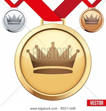 Gold Medal with the symbol of a crown inside