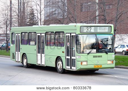 Aka-5225