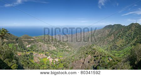 Panorama - The valley of Epina in La Gomera