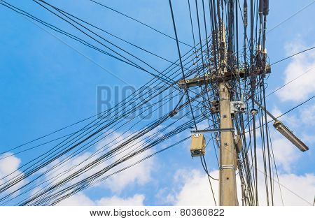 Image Of Busy Line On Electric Pole.