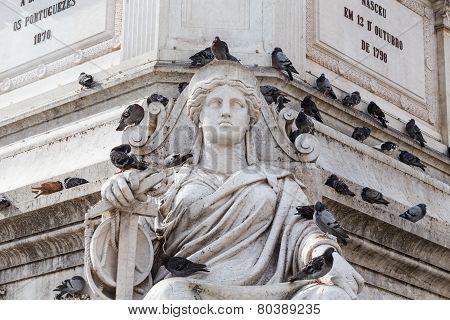 Statue Lisbon