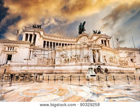 The Altare della Patria or Altar of the Fatherland at sunset
