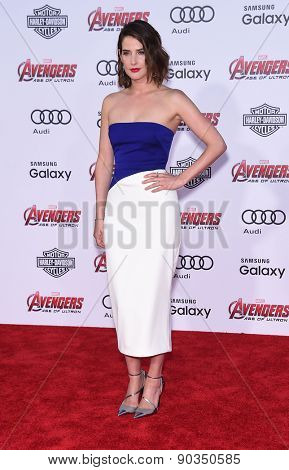 LOS ANGELES - APR 14:  Cobie Smulders arrives to the Marvel's