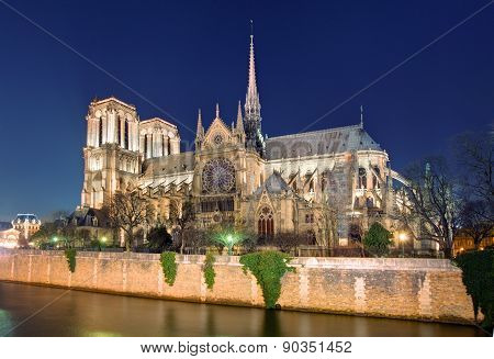 Island Cite With Cathedral Notre Dame De Paris