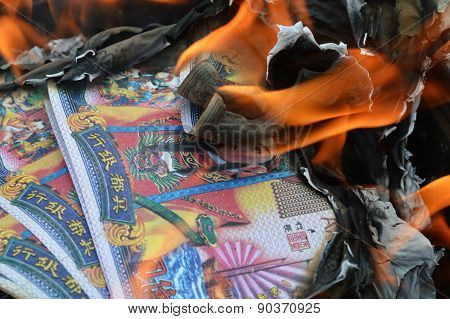 hell banknote burning ancestor in Chinese new year