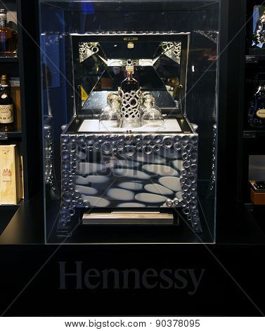 Alcohol boutique in Duty Free Shop