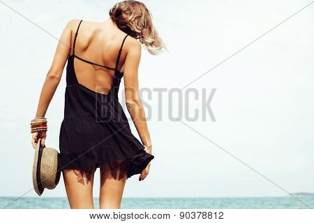 Outdoor Summer Fashion Sexy Hot Portrait Woman