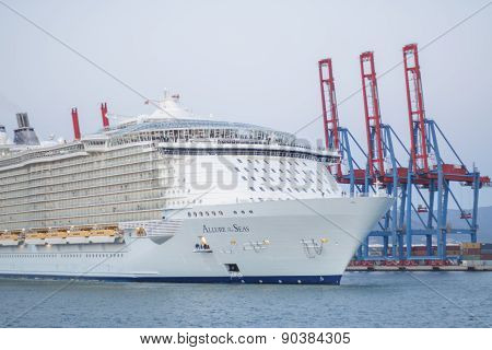 Allure Of The Seas In Malaga