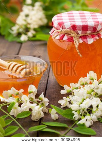 Healthy acacia honey