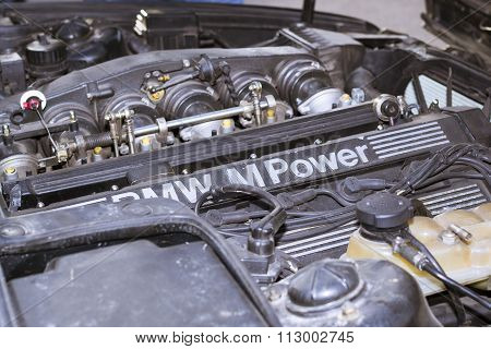 Engine Compartment, Motor M-power, Old-car Bmw