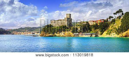 Lerici Village Panorama, Fortress And Coast. Cinque Terre, Ligury Italy