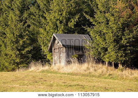 Wooden Hunters Hut