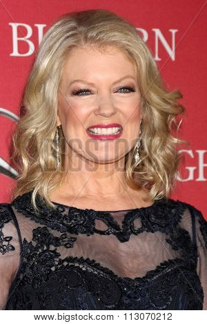 PALM SPRINGS - JAN 2:  Mary Hart at the 27th Palm Springs International Film Festival Gala at the Convention Center on January 2, 2016 in Palm Springs, CA