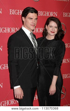 PALM SPRINGS - JAN 2:  Finn Wittrock, Sarah Roberts at the 27th Palm Springs International Film Festival Gala at the Convention Center on January 2, 2016 in Palm Springs, CA