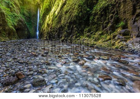 Oneonta Falls In Oneonta Gorge Trail, Oregon.