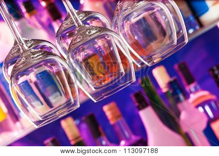 Composition of glasses in the bar
