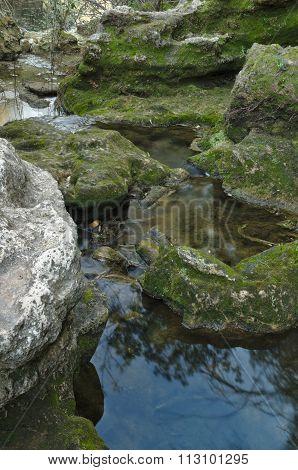 Zen creek rocky scenery