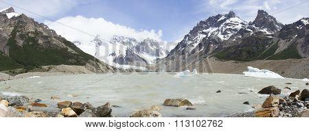 Glacial Laguna Torre, Los Glaciares National Park, Argentina