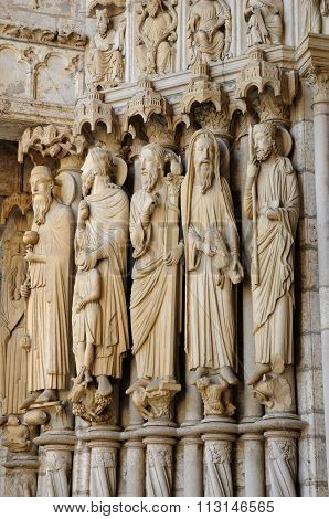 Cathedral Of Chartres, Statues On The Porch