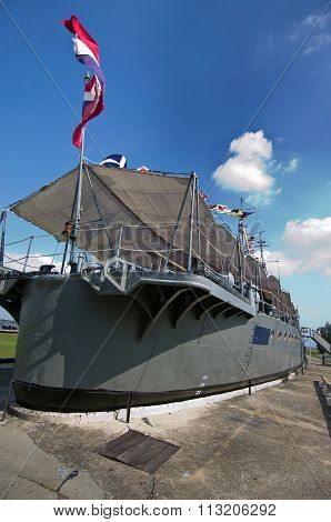 Thai Old Warship Settles On The Ground As Museum