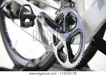 Closed Up Front Bicycle Gears