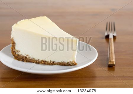 Plain New York cheesecake on plate