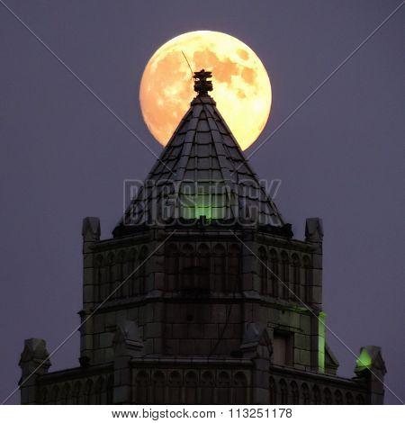 Moon Rise Castle