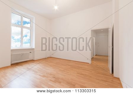 Living Room / Empty Flat , Fresh Renovated