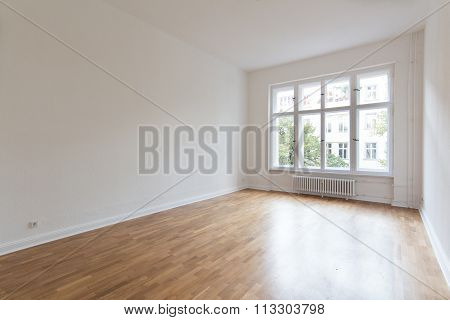Empty Room, Fresh Renovated Flat With Wooden Floor,