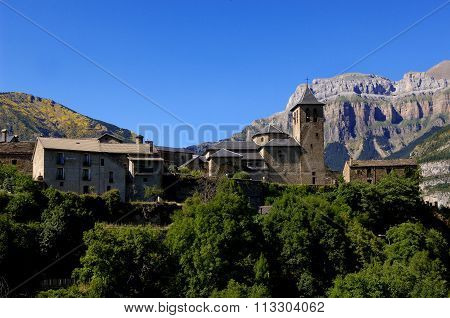 Torla, Ordesa And Monte Perdido, National Park, Huesca, Aragon, Spain