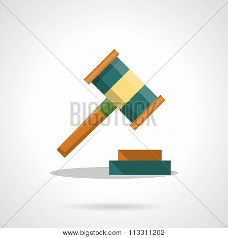 Auction gavel flat color vector icon