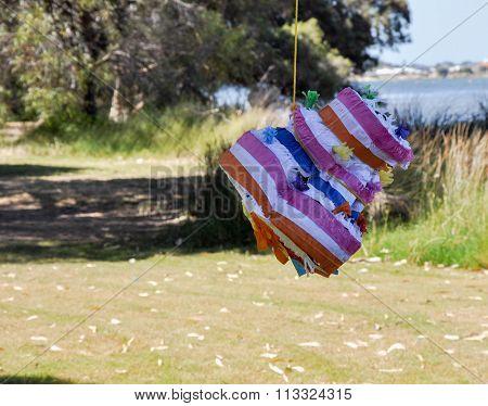 Piñata: Dented