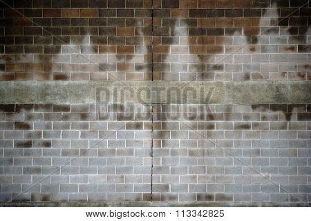 Moisture wall
