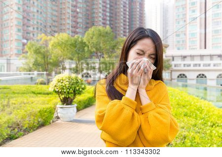Woman got nose allergy