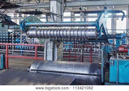 Machine For Slitting Steel Sheet